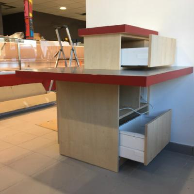 Design mobilier    et suivi développement atelier/chantier